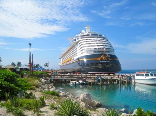 Die Disney Fantasy auf Castaway Cay, Bahamas